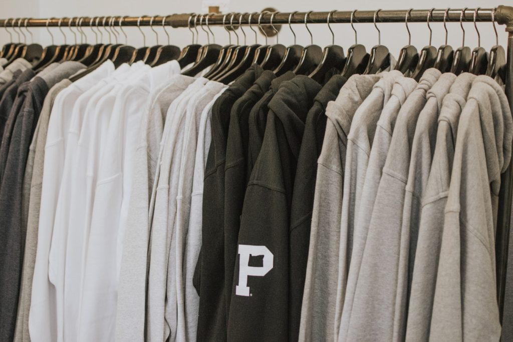 clothing manufacturers for small businesses finding manufacturers for clothing line