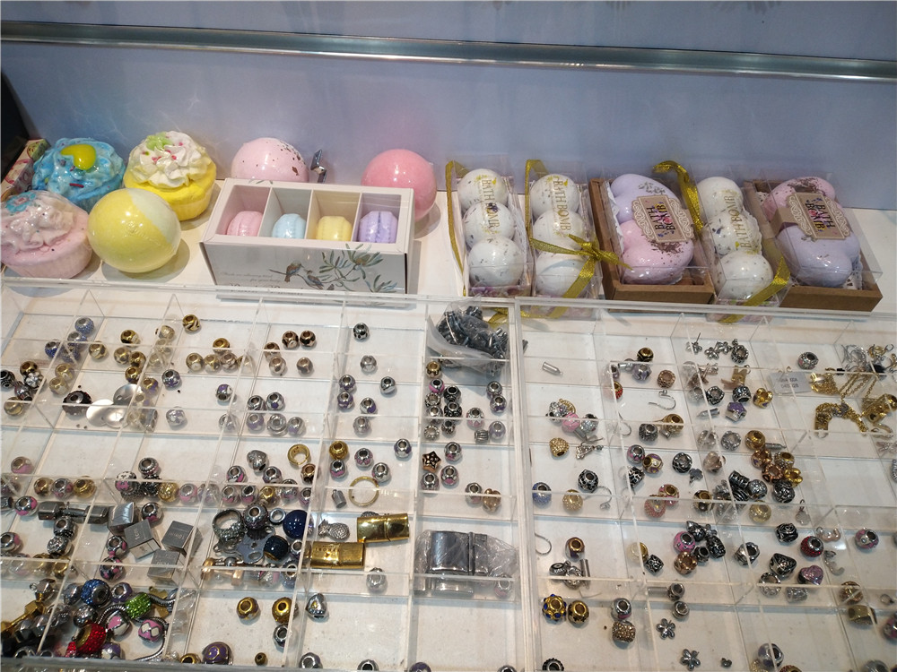 10 Private Label Costume Jewelry Manufacturers(You Can Trust