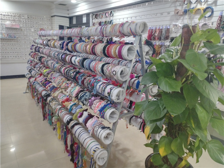 10 Hair Accessories Wholesale Suppliers in NYC - SOQ